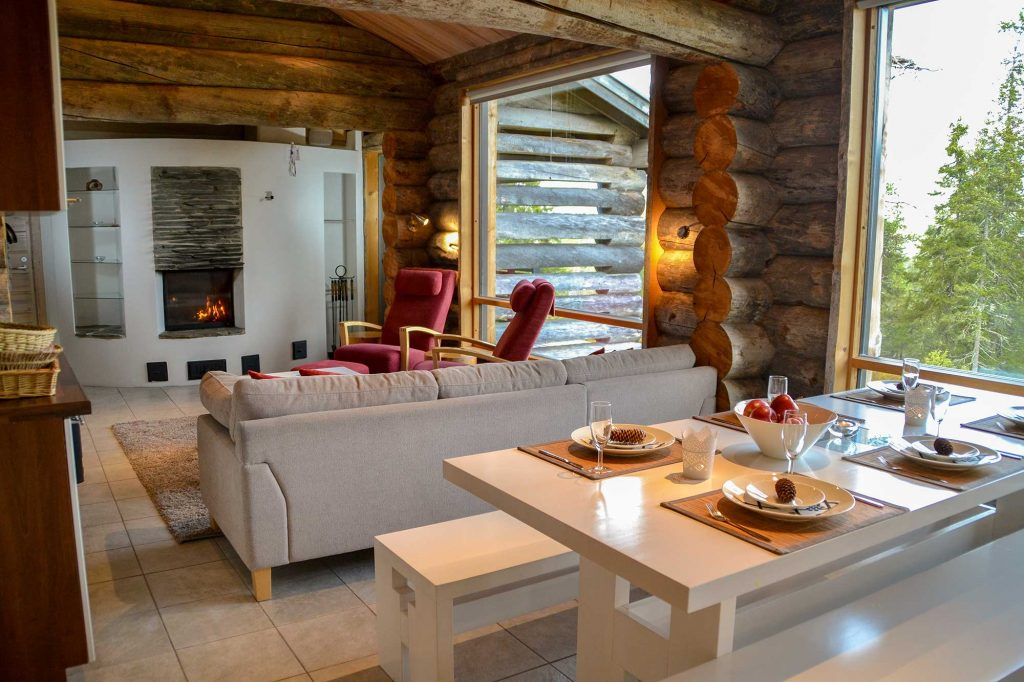 Olohuone ja ruokailutila | Living room area